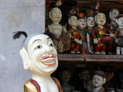 vietnam hanoi thang long water puppet theatre